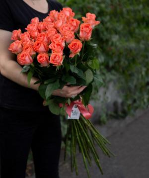 Bouquet `Ashram` with roses