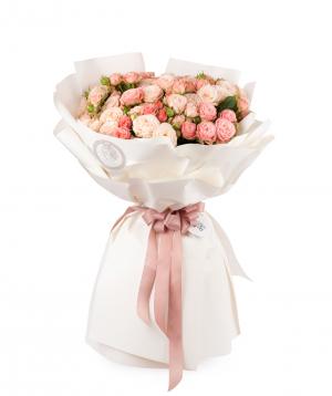 Bouquet `Babelon`  bush peony rose