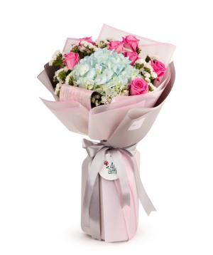 Ծաղկեփունջ «Բուրգդորֆ» վարդերով և հորտենզիա