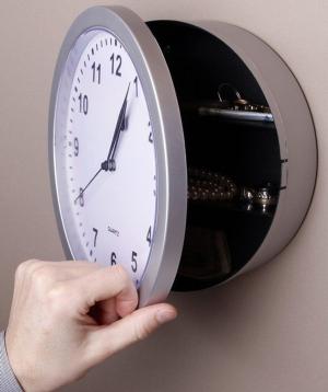 Ժամացույց-պահոց «Creative Gifts»