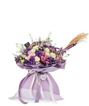 Ծաղկեփունջ «Դուբլին» վարդերով, լիզիանտուսներով և ալստրոմերիաներով