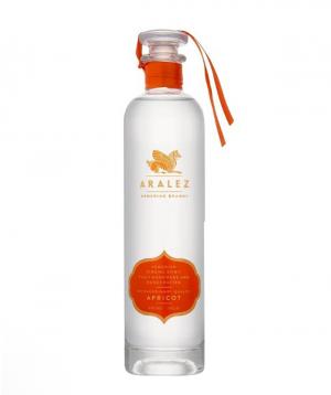 Vodka `Aralez` apricot 700ml