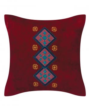 Բարձ «Miskaryan heritage» ասեղնագործ, հին հայկական գորգանախշով №39
