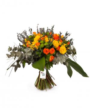 Ծաղկեփունջ «Լա-Լյուվեր» վարդերով և քրիզանթեմներով