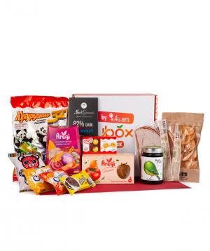 """Snack box """"4U ՀԱՅՐԵՆԻՔ"""""""
